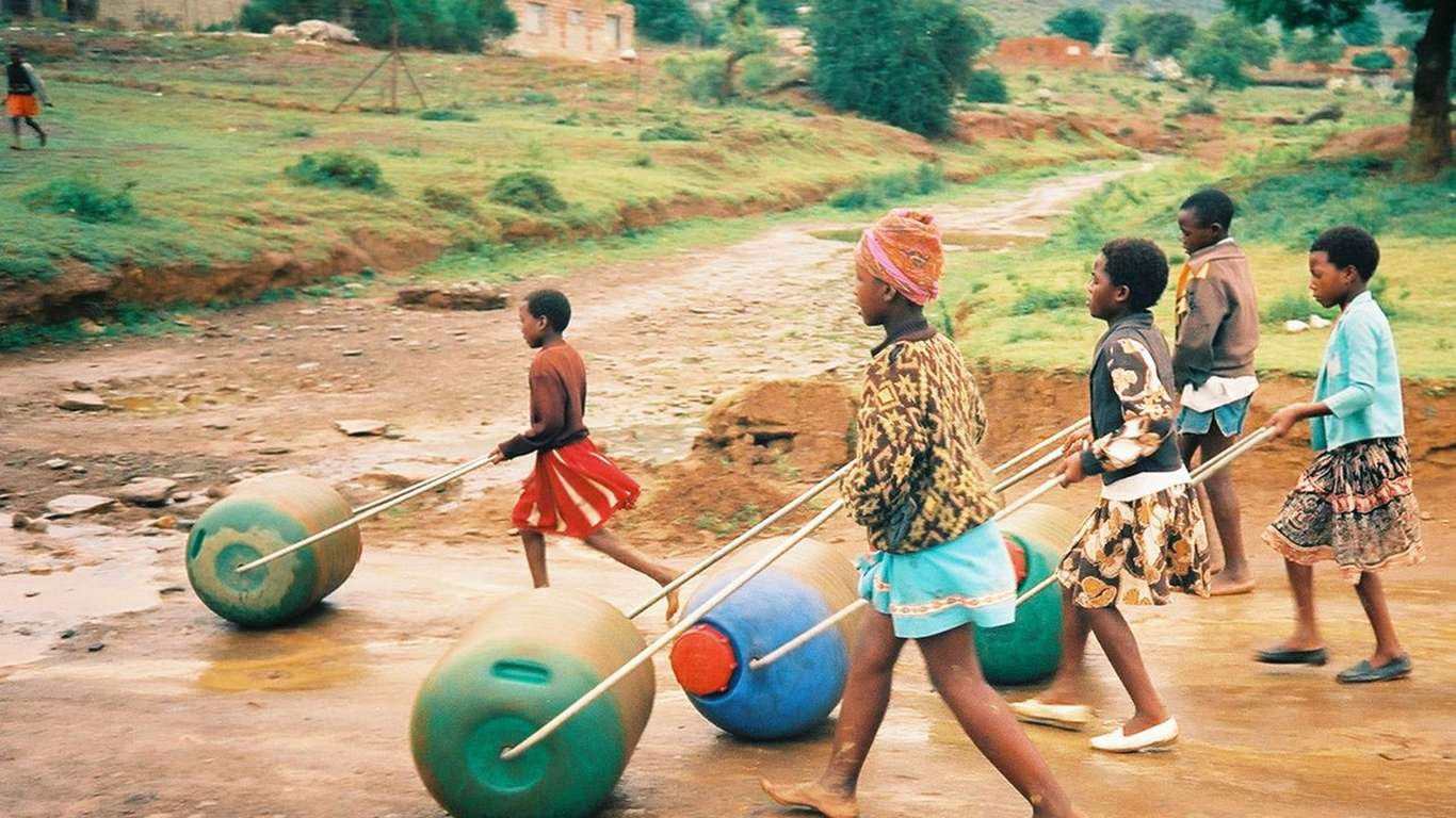 The Hippo Water Roller was developed in 1991 by two South Africans in response to the daily struggle of rural women and children across Africa to access safe, drinkable water.